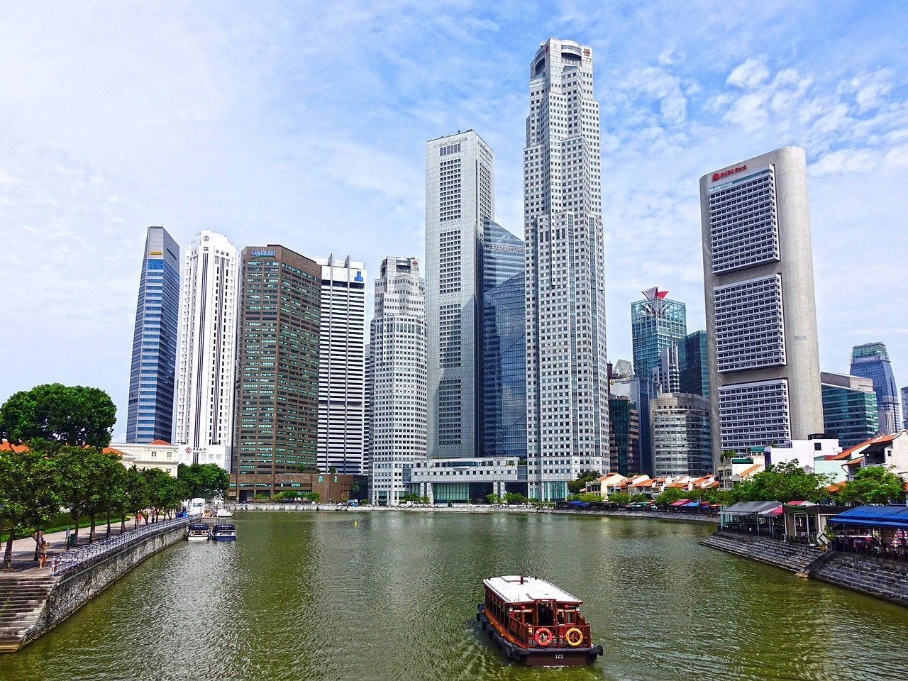 what is the richest country in the world 2021 Singapore